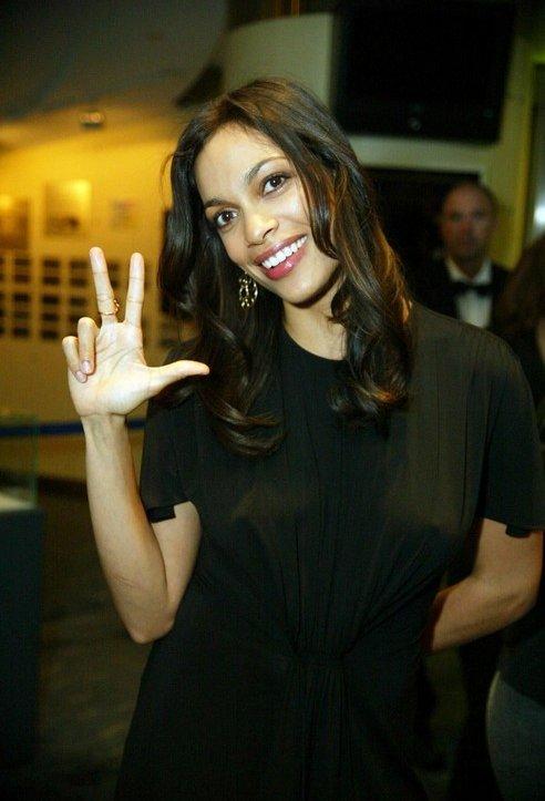 Rosario Dawson Voto Latino